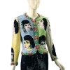 "Atelier Versace večernje jakna od perli. Zove se The Face i datira iz 1992. godine. Nosila je na  ""amfAR's Glitter and Be Giving"" svečanosti. Početna cena  je15.000$ (£9,732)."