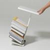 magazinetable_white_hand