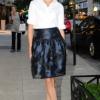 Lauren Remington Platt ŠTA: Carolina Herrera košulja i suknja GDE: Carrolina Herrera store, Njujork KADA: 8. septembar