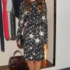 Tatiana Santo Domingo ŠTA: Dolce&Gabbana haljina i cipele, Chanel torba GDE: Carolina Herrera store, Njujork KADA: 8. septembar