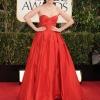 Zooey Deschanel u Oscar de la Renta haljini