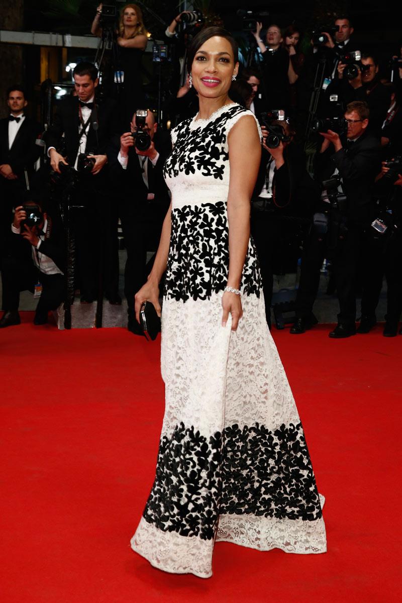 Rosario Dawson u Dolce&Gabbana haljini