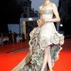 Anne Hathaway, styling Rachel Zoe