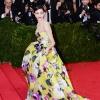 Emmy Rossum u haljini Carolina Herrera