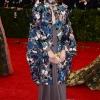 Florence Welch u Valentino haljini
