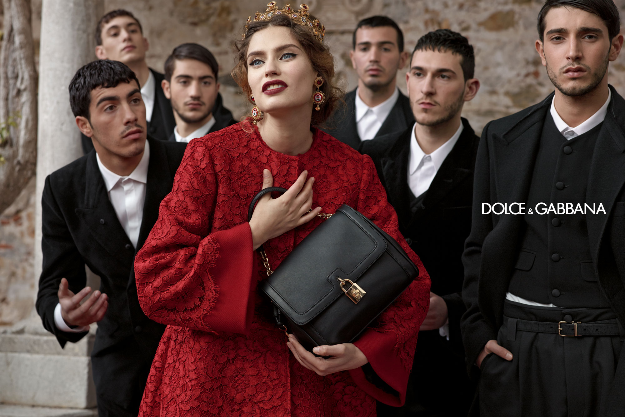 dolce-and-gabbana-fw-2014-women-adv-campaign-12