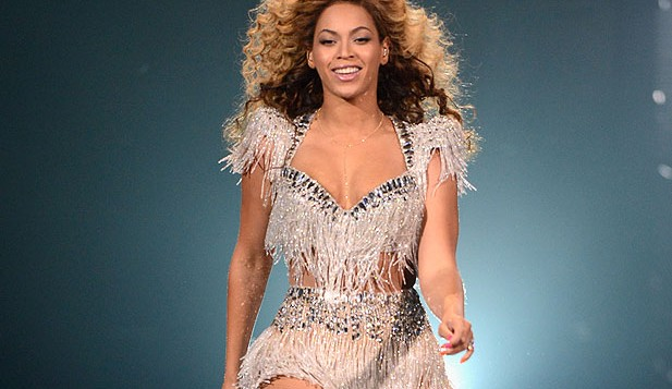 beyonce-revel-holding1-617x357
