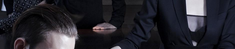 "Editorijal: ""ROOM 96""; Fotograf: Jovana Mladenović; Styling: Jovan Stević; Frizura: Maja Denić i Hair Style Mrvica;  Make up: Ana Spajić; Kreativni asistent: Majda Cupac;  Dizajneri:  Jovan Stevanović, Milica Opačić, Vaan Gool, Predrag Đuknić, Obuća Ristić;  Modeli:  Mišo Filipovac, Jovan Stevanović, Vuk Jovanović, Luka Opačić, Mira Janjatović, Majda Cupac"