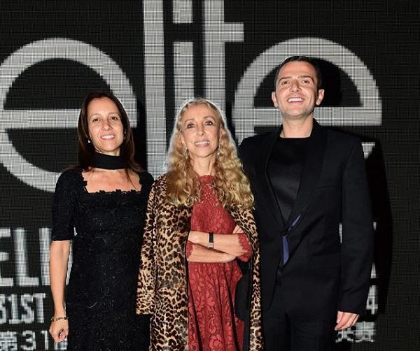Žiri na čelu sa Francom Sozzani, urednicom Vogue-a