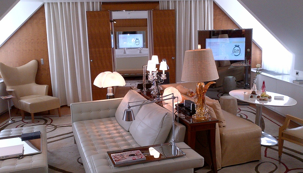 Le Royal Monceau Raffles Paris Lifestyle Suite Ray Charles