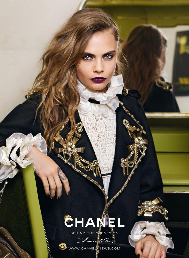 Cara Delevingne u kampanji Chanel Pre Fall 2015