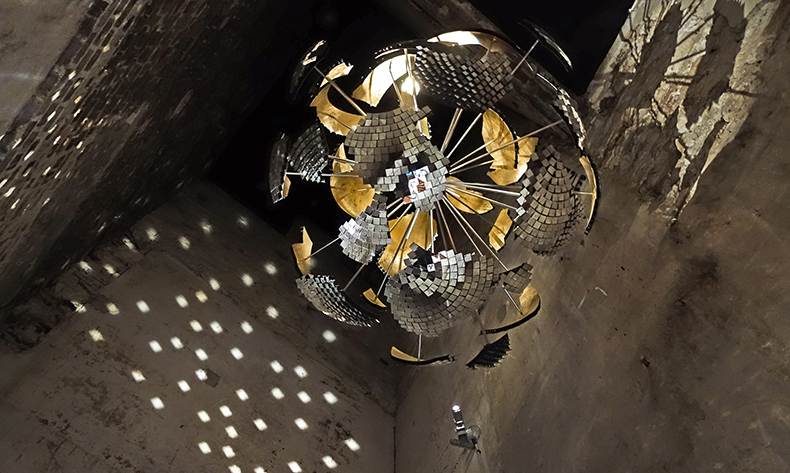 Disco ball designed by Joachim Sauter