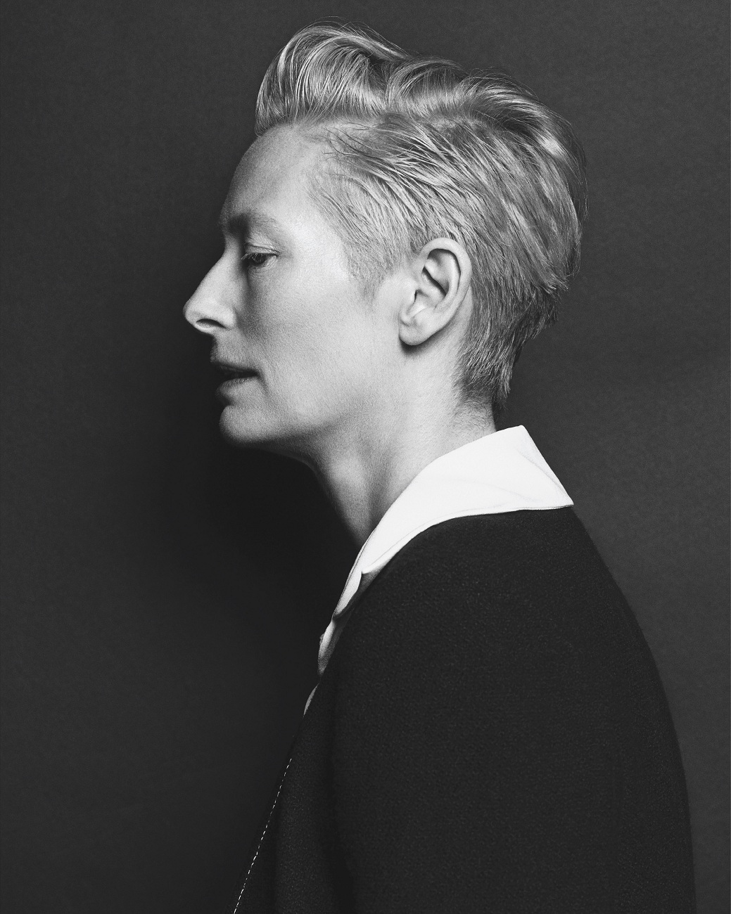 tilda-swinton-by-hong-jang-hyun-vogue-korea-august-2015-05