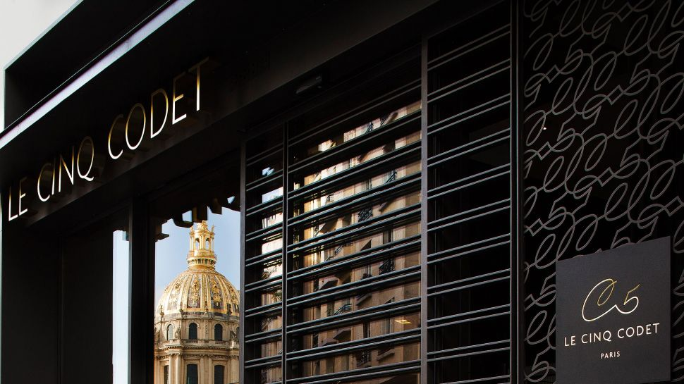 Le cinq codet the home of art and luxuryfashionela - Hotel le cinq codet ...