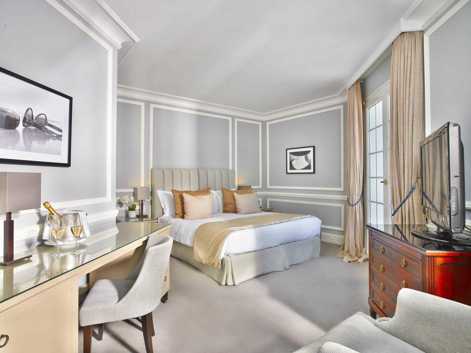 Villa Belrose Room