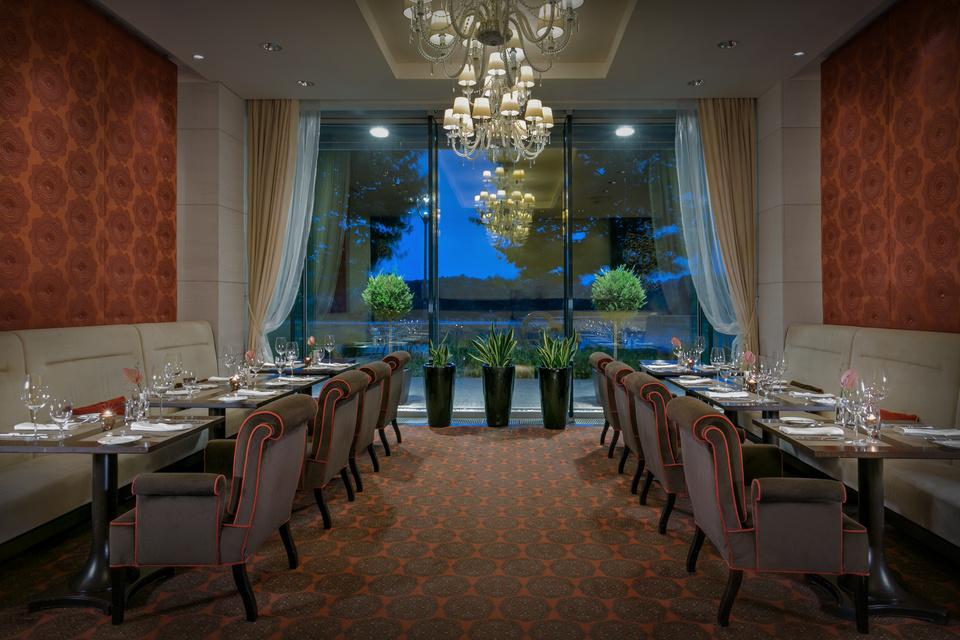 River Bank Restaurant