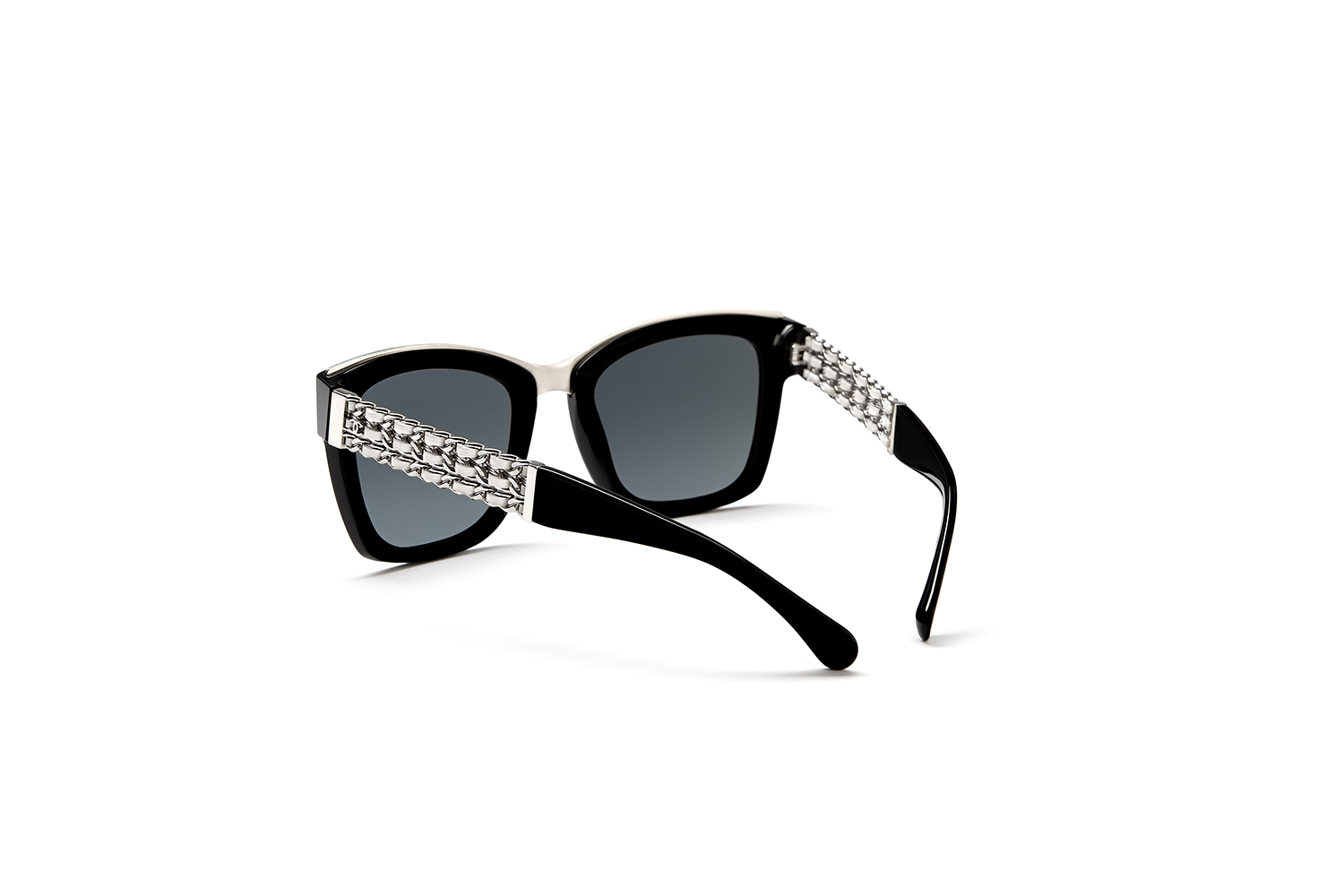 Chanel Coco Chain eyewear Fashionela 1