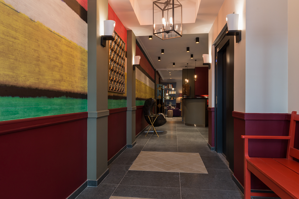 lobby-at-adele-and-jules-hotel-paris-2