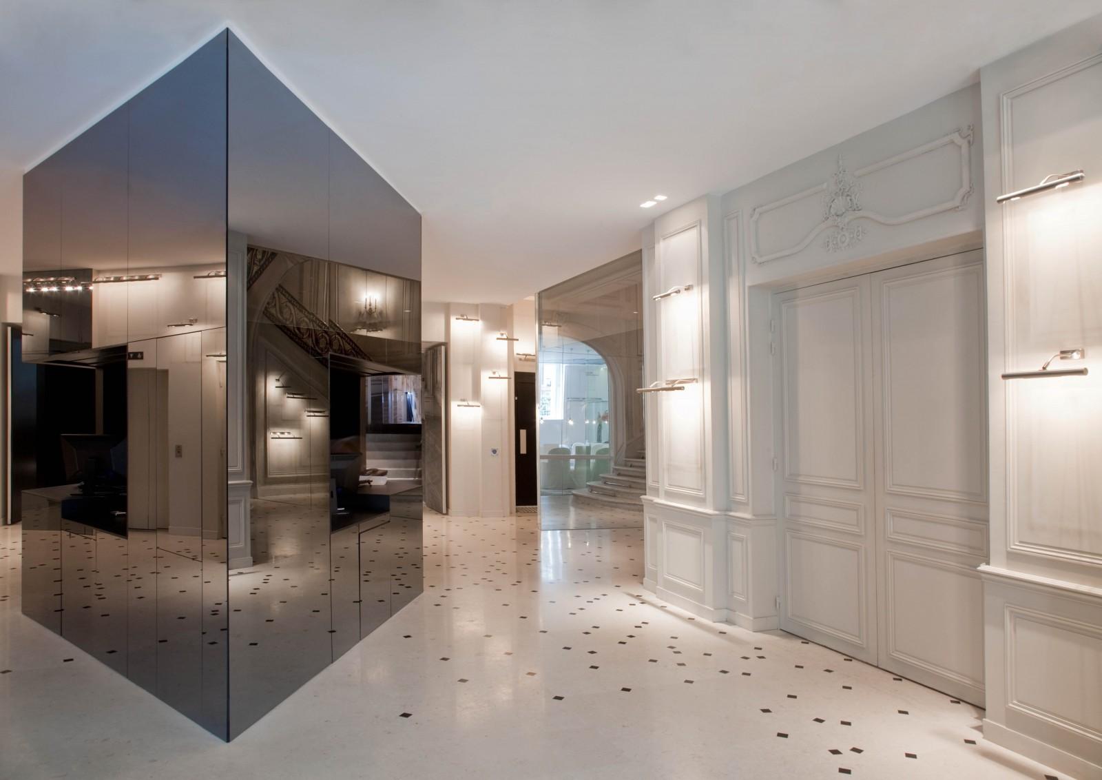 la-maison-champs-elysees-hotel-lobby