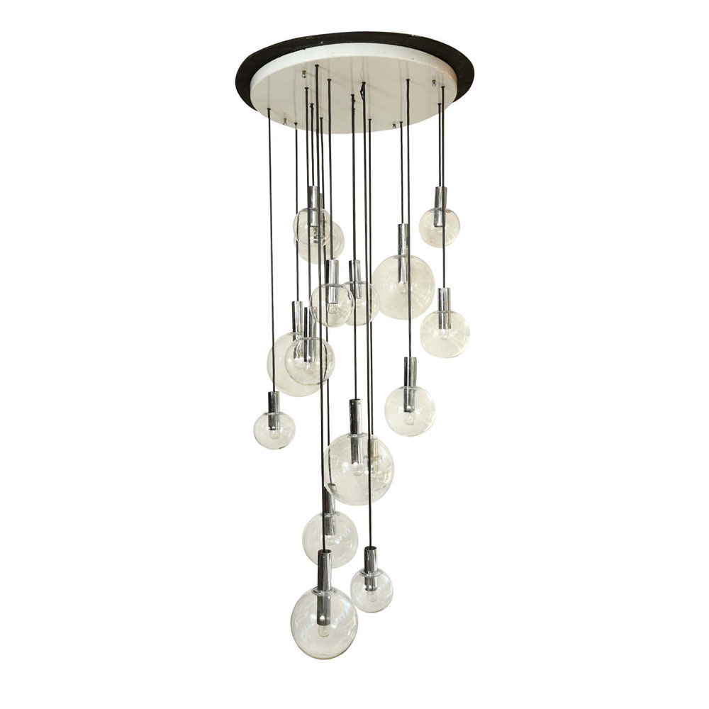 giant-chandelier-from-raak