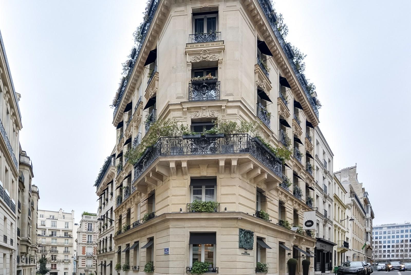 MonHotel_Paris_facade_Fashionela