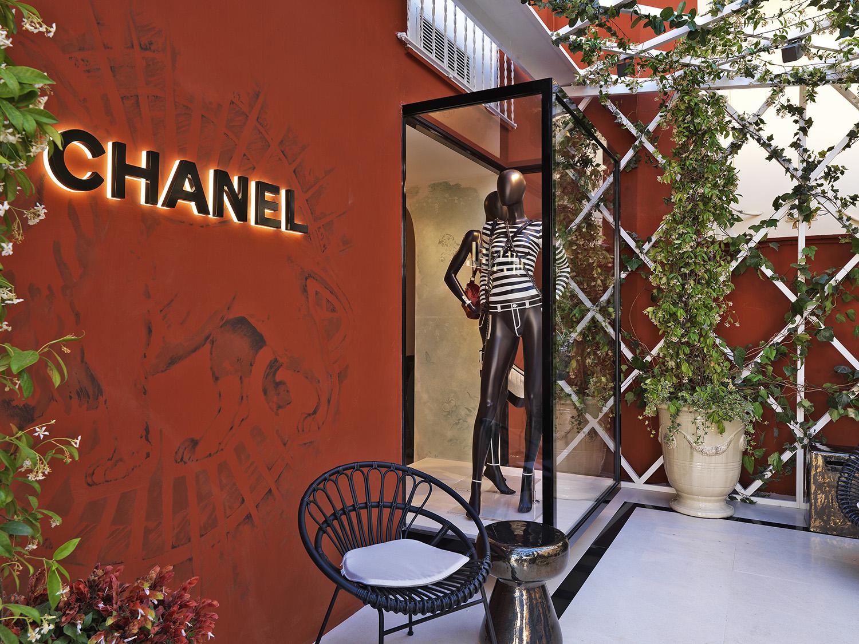 Chanel Capri ephemeral boutique Fashionela