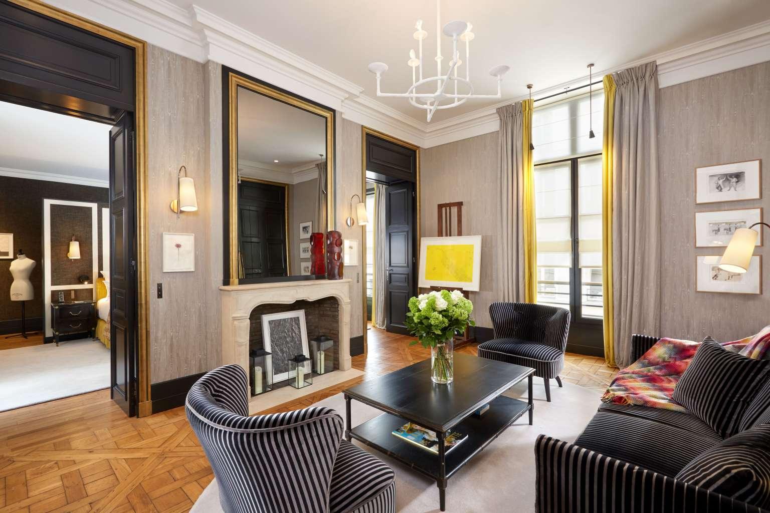 Suite_de_la_Reine_Pavillon_de_la_Reine