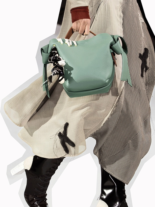 Acne-Musubi-bag-Fashionela2