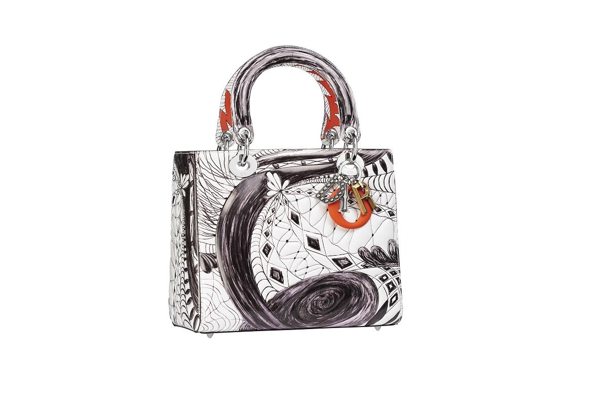 dior presents dior lady art limited edition handbagsfashionela. Black Bedroom Furniture Sets. Home Design Ideas