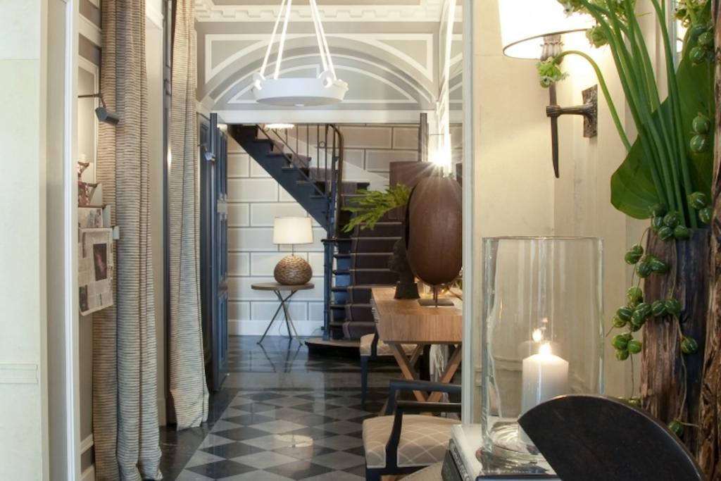 Hotel-Recamier-entrance-1024x683