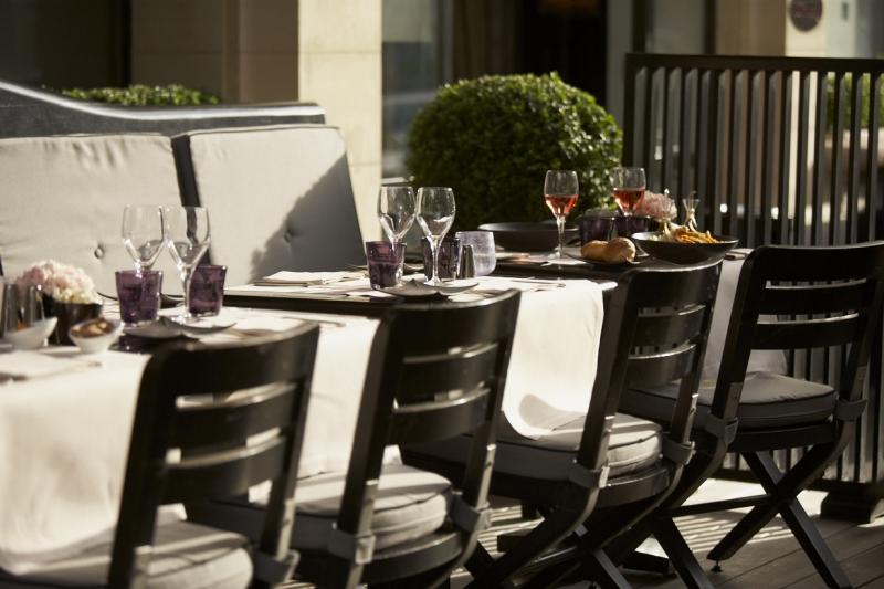 Montalembert-restaurant-terrace-Fashionela