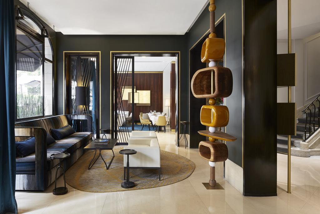 Hotel_Montelambert_Lobby