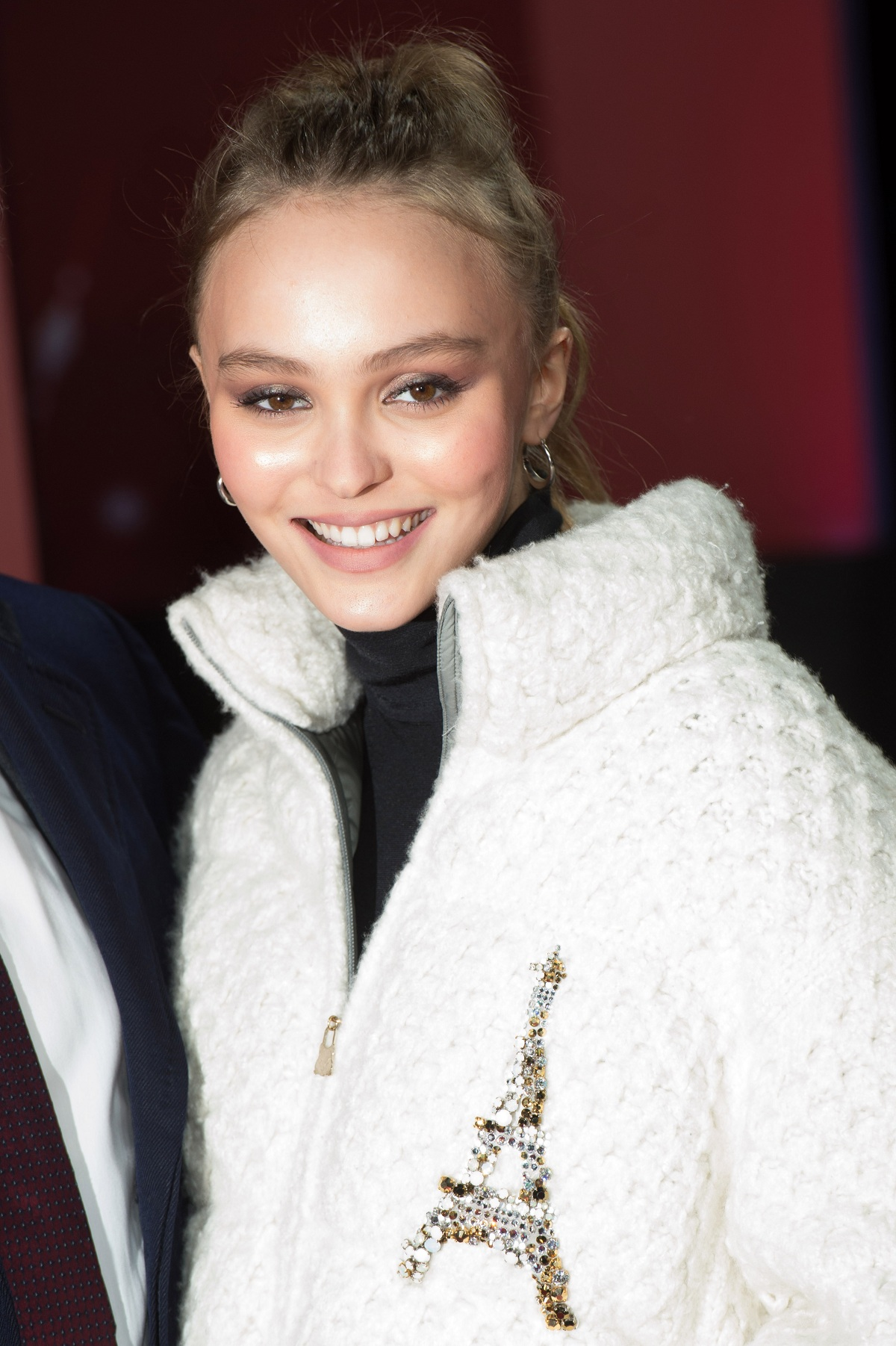 Lily-Rose DEPP Christmas Fashionela