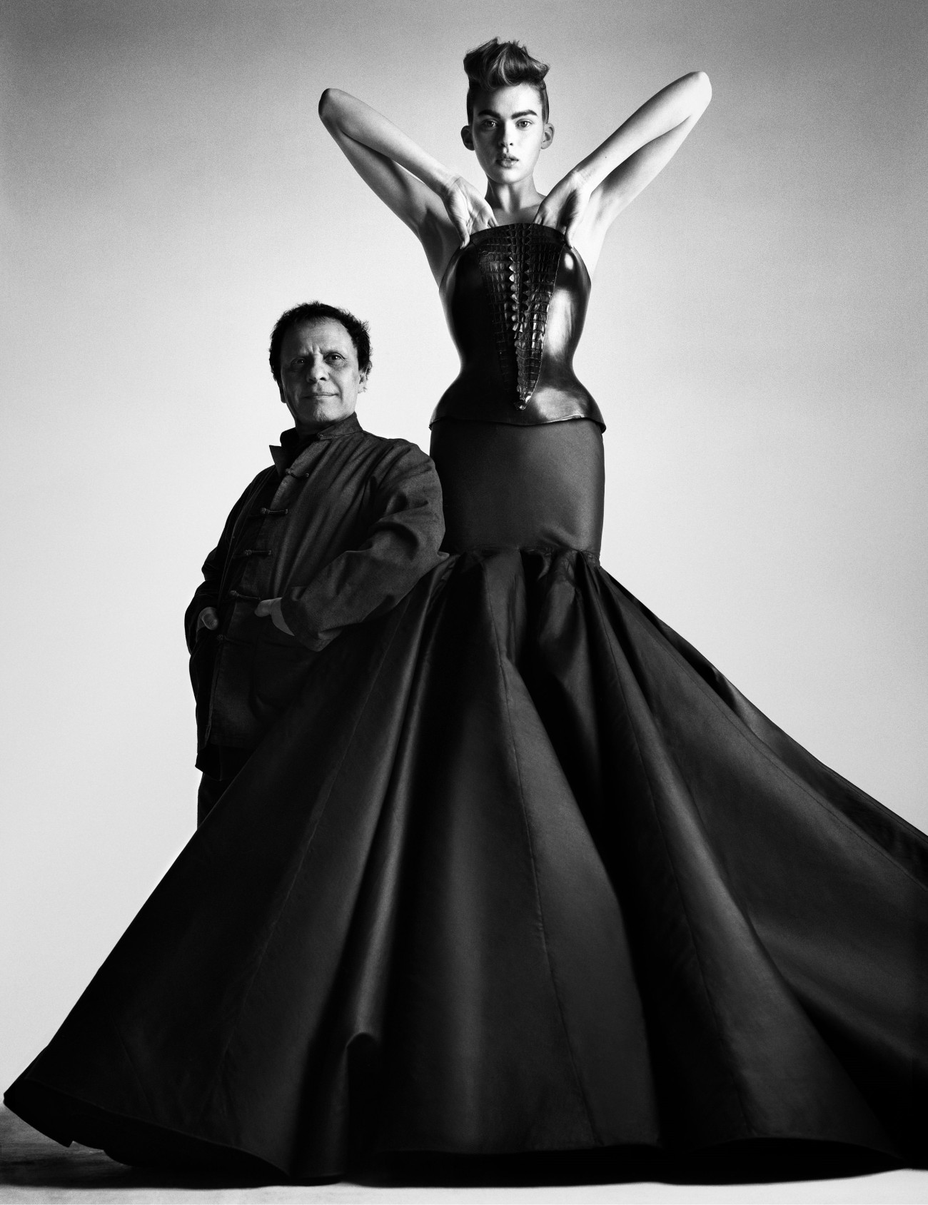 Azzedine_Alaia_Sculpture_Fashion