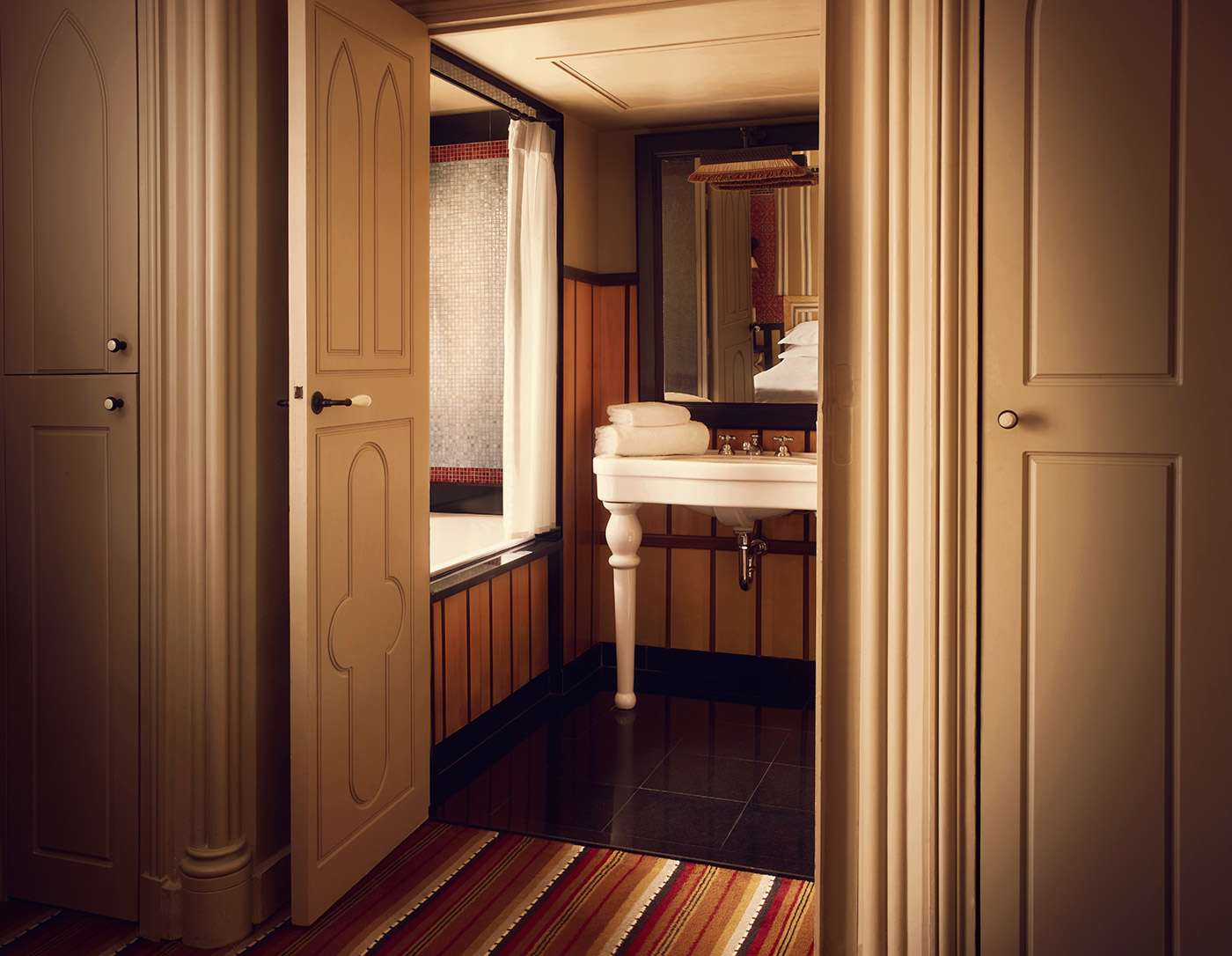 Bourg_Tibourg_Bathroom_double_classic_room