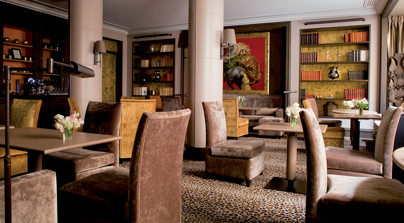 Lobby_at_Esprit_Saint_Germain_Hotel_Paris_2