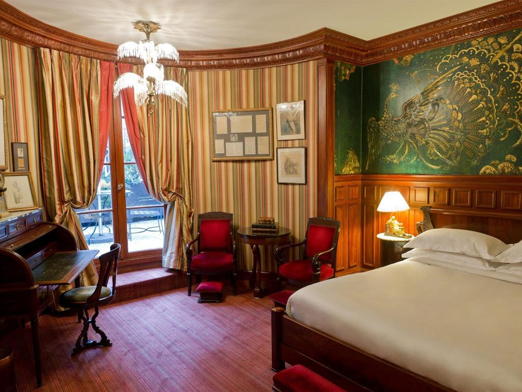 L_Hotel_Paris_Room_16