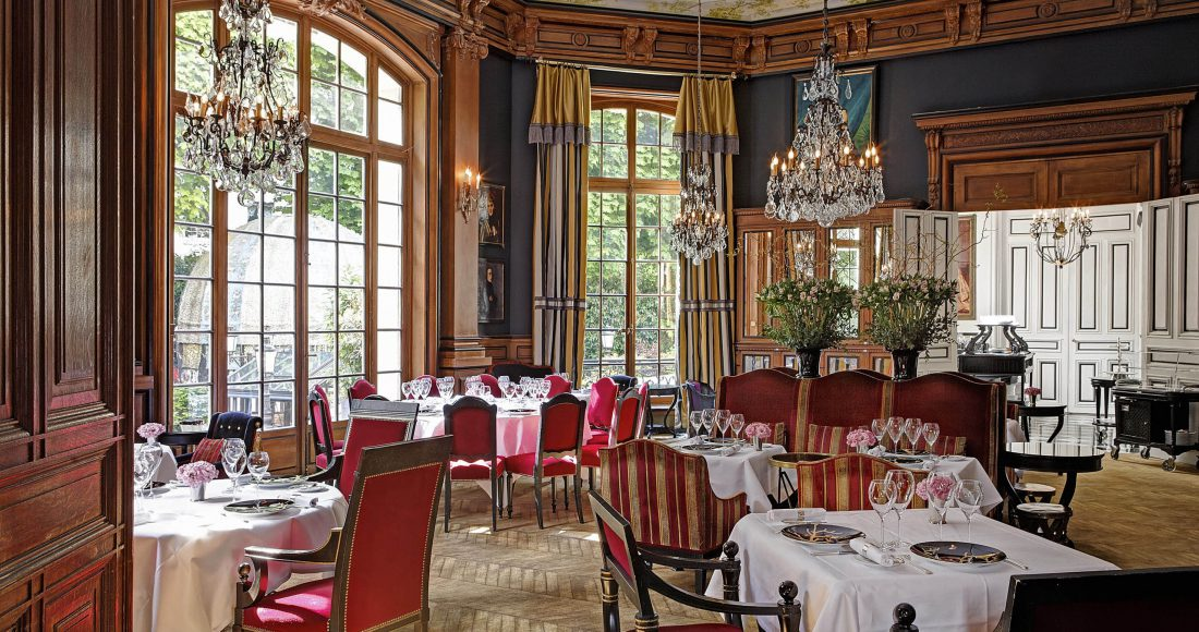 siteSaint-James-Paris-Diningroom