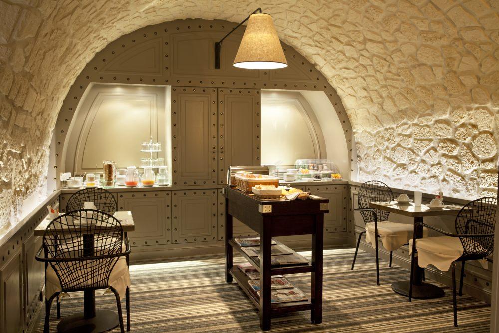 Hotel_Therese_Paris_breakfast