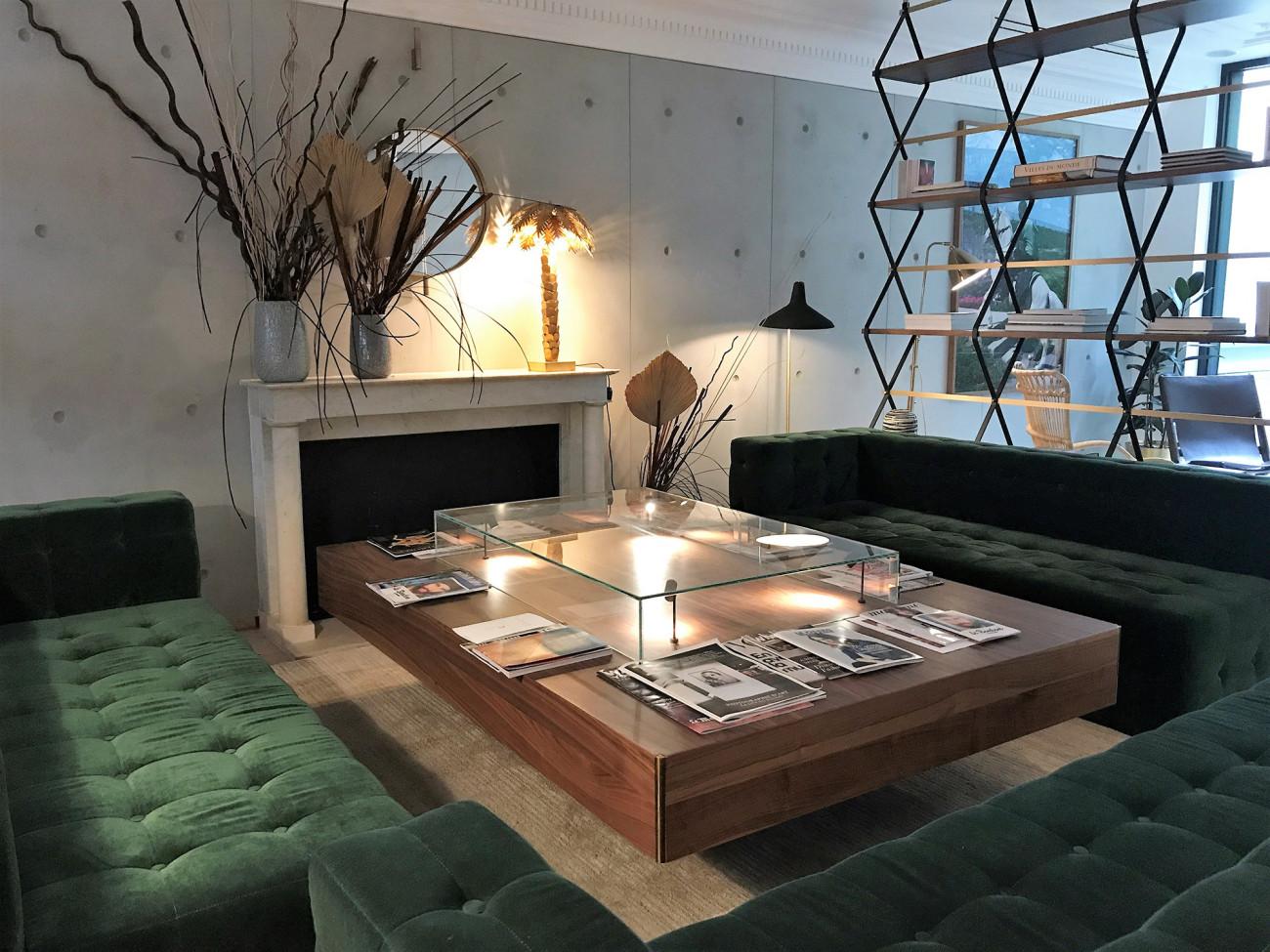 hotel-parister-salon-cheminee-paysage