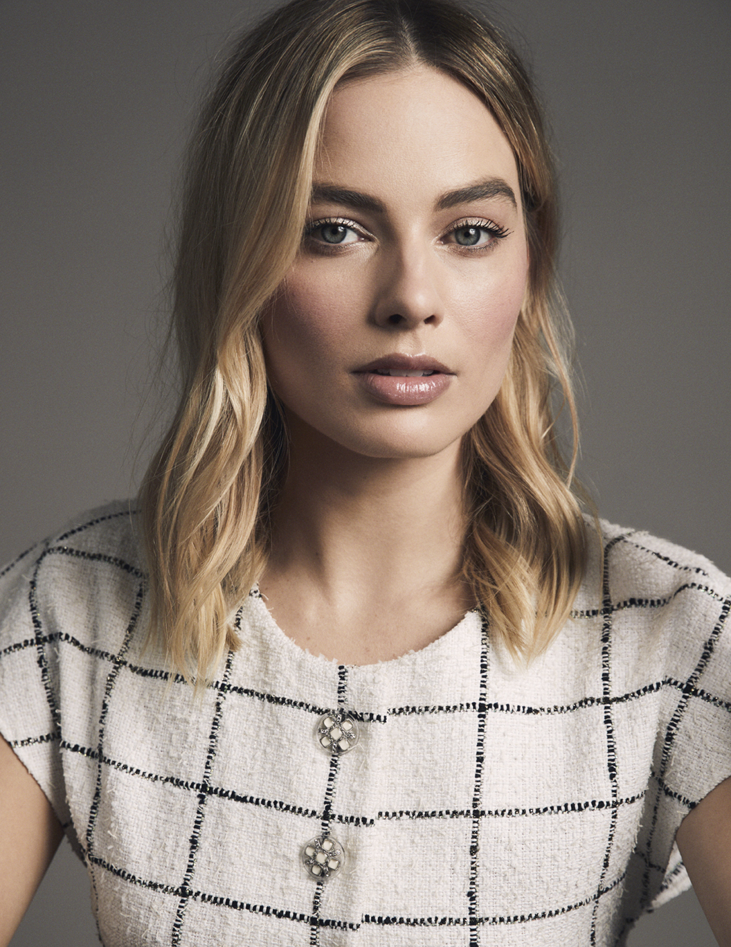 Chanel Margot Robbie Fashionela