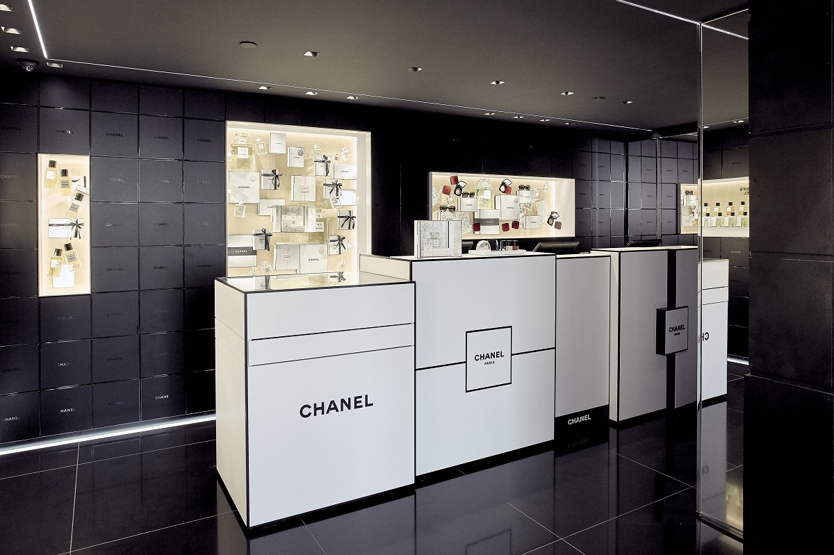CHANEL BOUTIQUE Fashionela