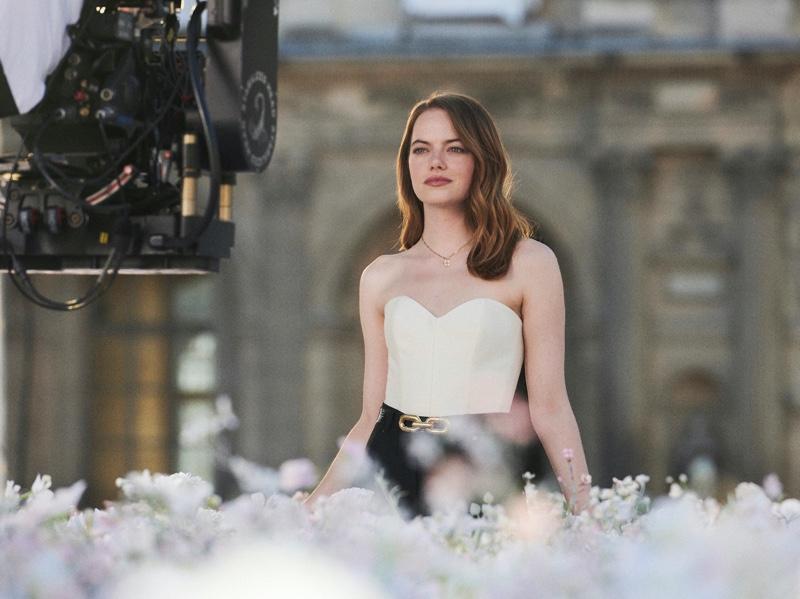 Emma_Stone_Louis_Vuitton_Coeur_Battant03_Fashionela