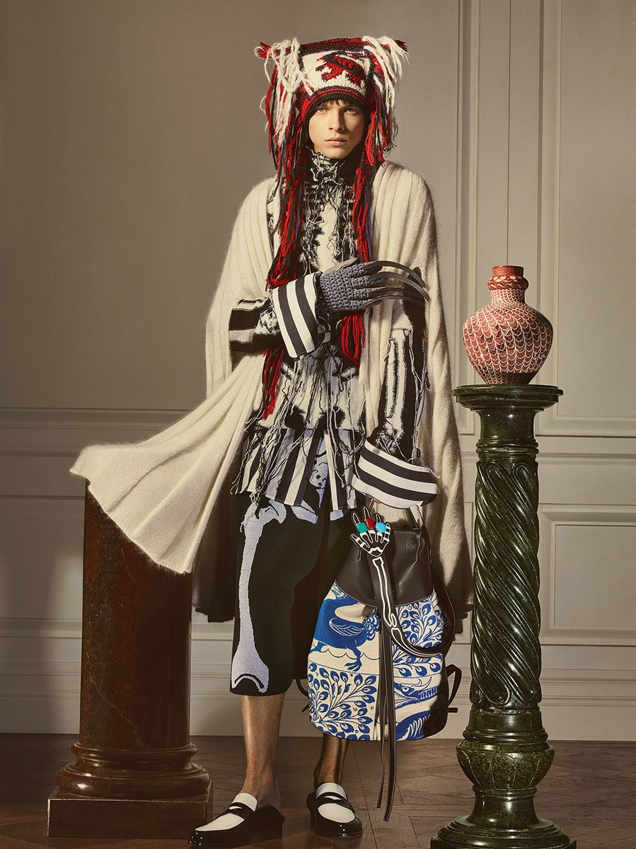 Loewe-William-de-Morgan-collection_Fashionela (12)