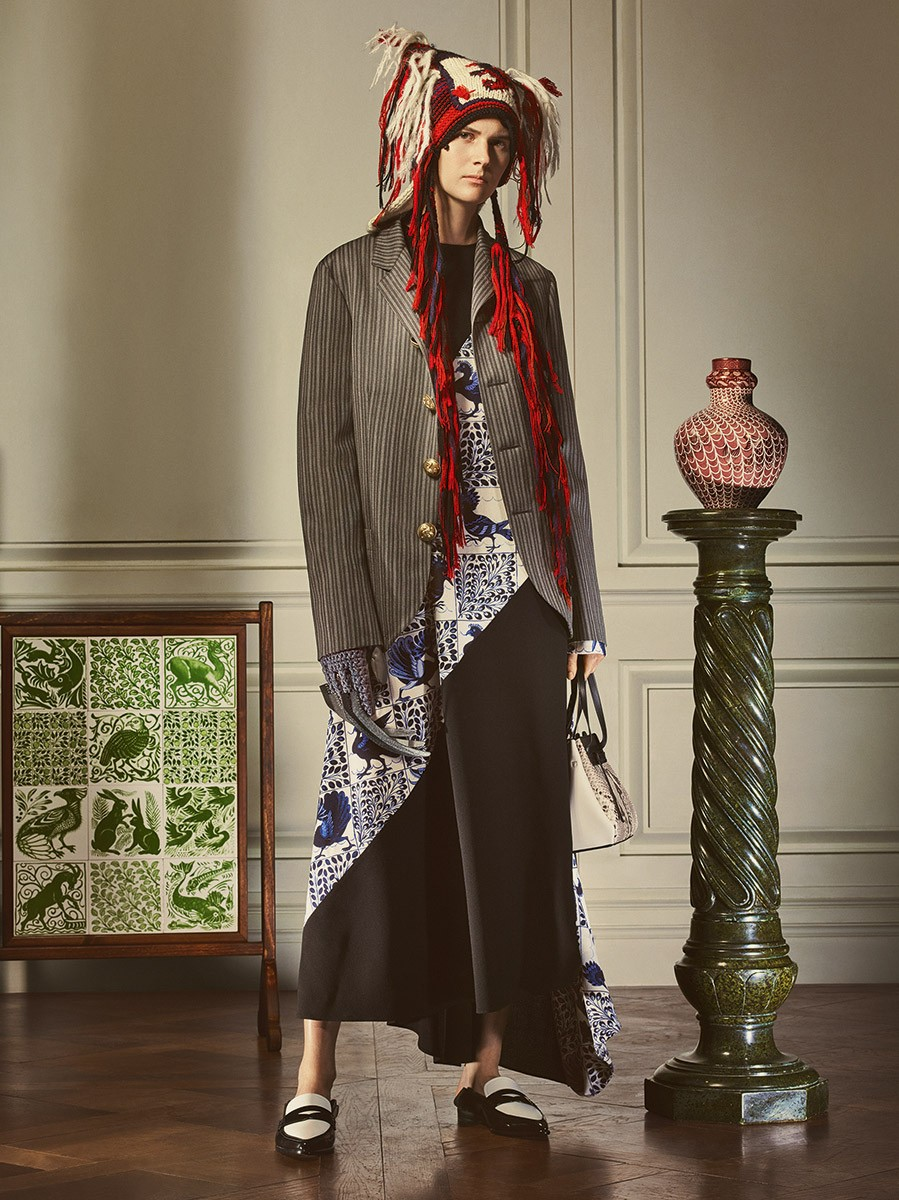 Loewe-William-de-Morgan-collection_Fashionela (9)