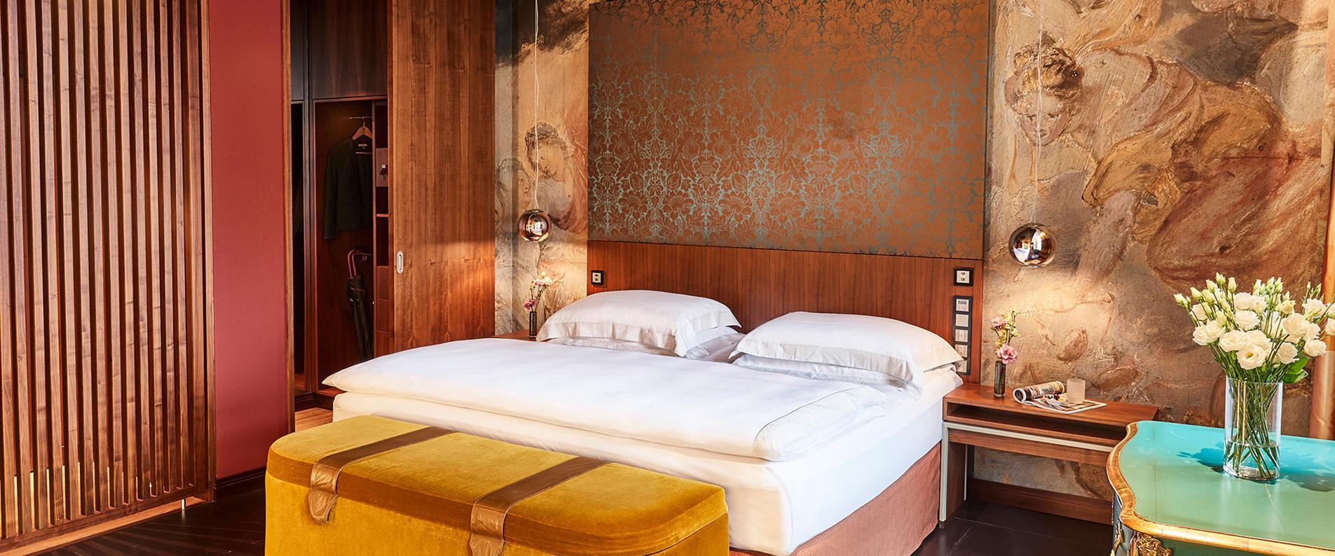 Hotel_Vier_Jahreszeiten_suite
