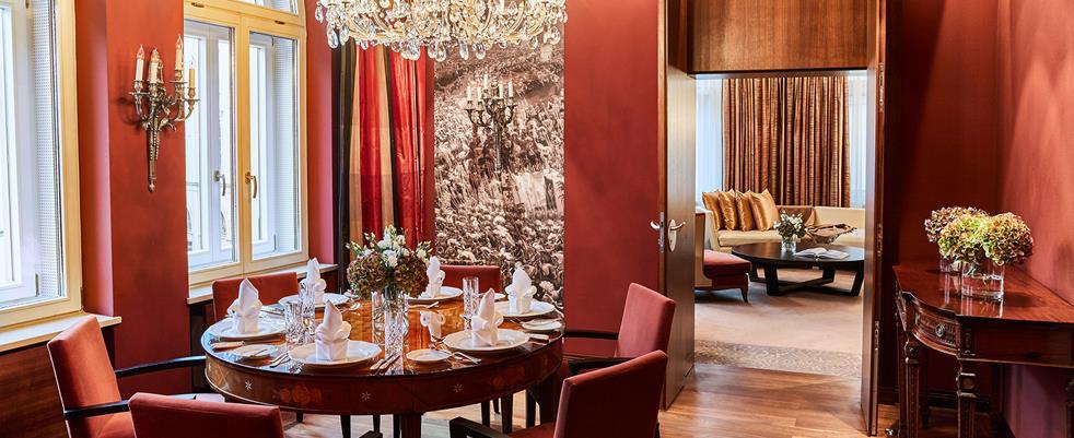 Hotel_Vier_Jahreszeiten_suite_Fashionela