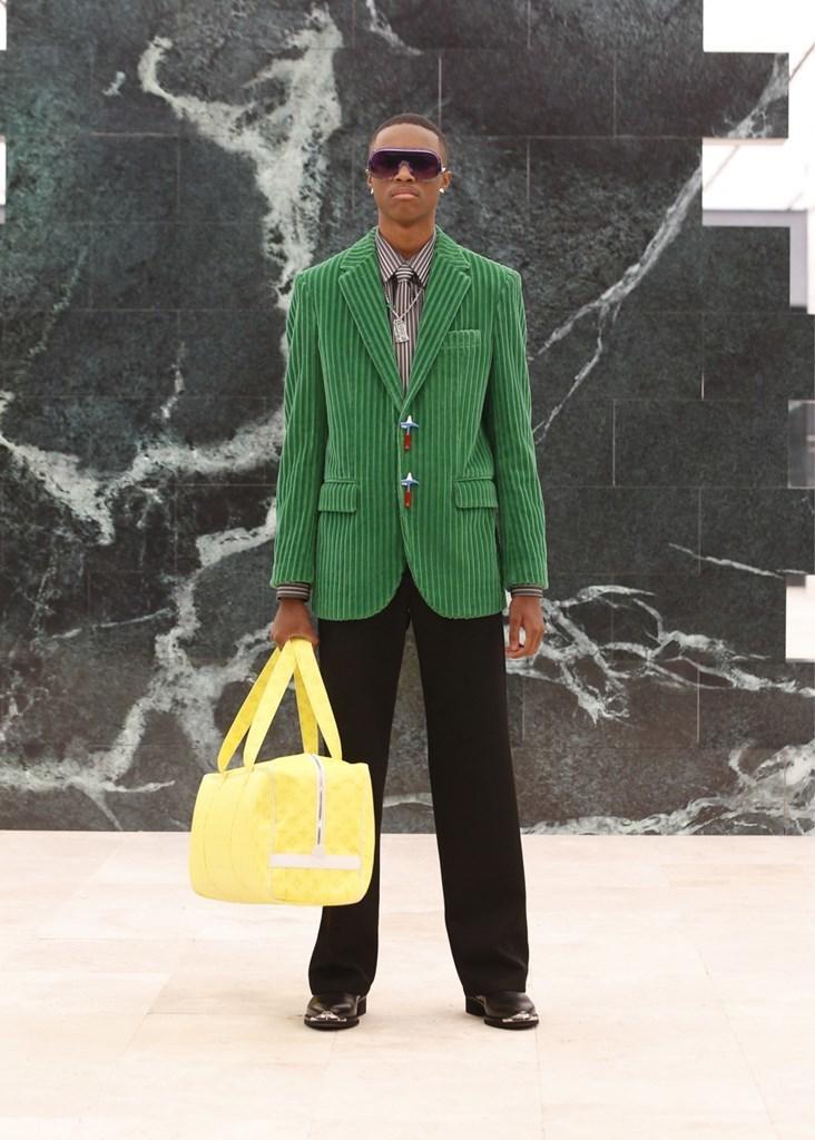 Louis Vuitton_Fall2021_Fashionela (34)