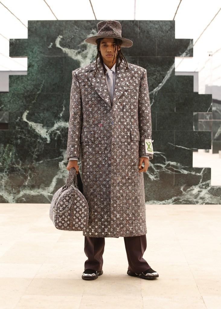 Louis Vuitton_Fall2021_Fashionela (42)