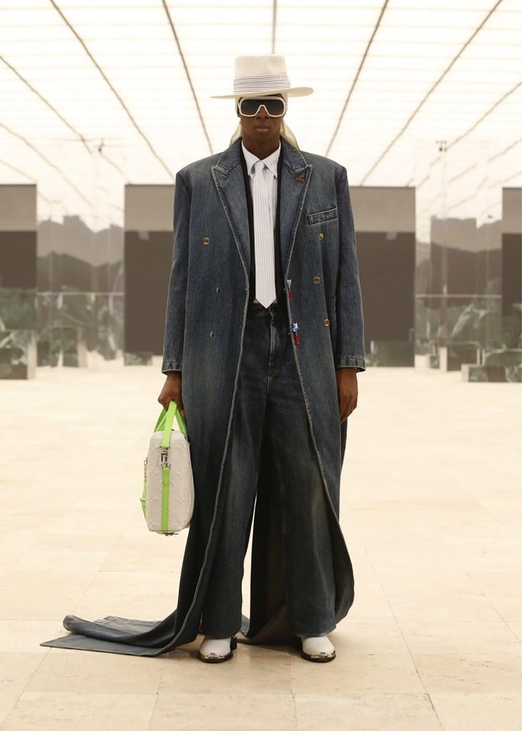 Louis Vuitton_Fall2021_Fashionela (48)